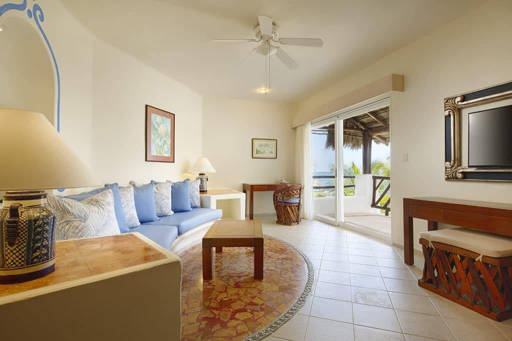 master suite living
