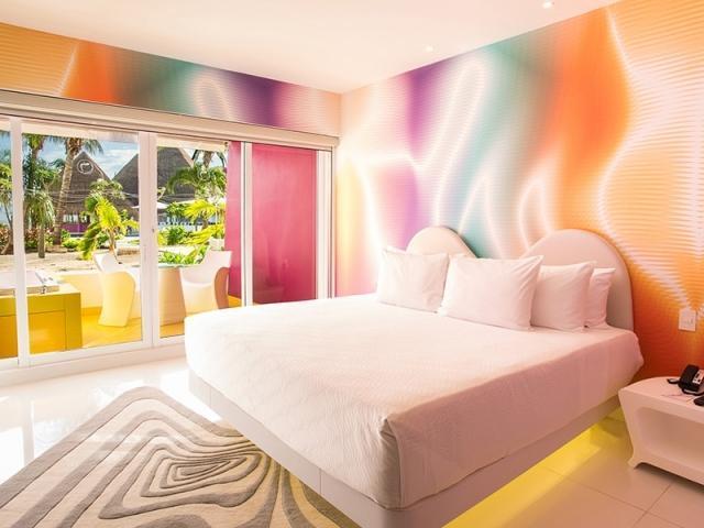 plush jacuzzi room